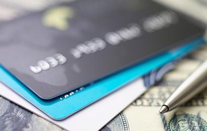"""信用卡高达百万的""""隐藏额度?#20445;?#19978;)"""