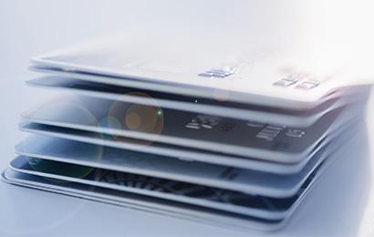 11家银行信用卡优缺点(选卡提额必备)